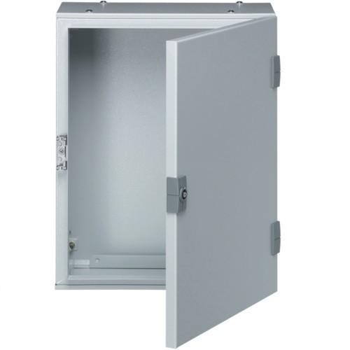 Falra szerelhető fém szekrény, teli ajtóval, 650x400x250, IP65, szerelőlap nélkül, Orion plus (Hager FL118A)