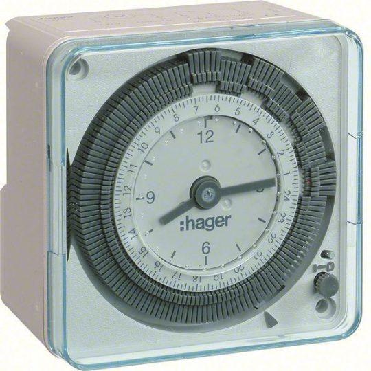 Hager EH710 Analóg kompakt napi kapcsolóóra, 1 váltó, 16A, 20perc/kapcsolás