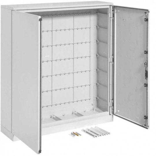Hager FL332B Műanyag állószekrény lábazatttal, teli ajtós, 1200x1100x300, IP65
