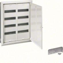 Fém mezős elosztó, 96 modul, 4 sor, 703x603x110mm, teli ajtóval, IP30, süllyesztett, Univers (Hager FW42US2)
