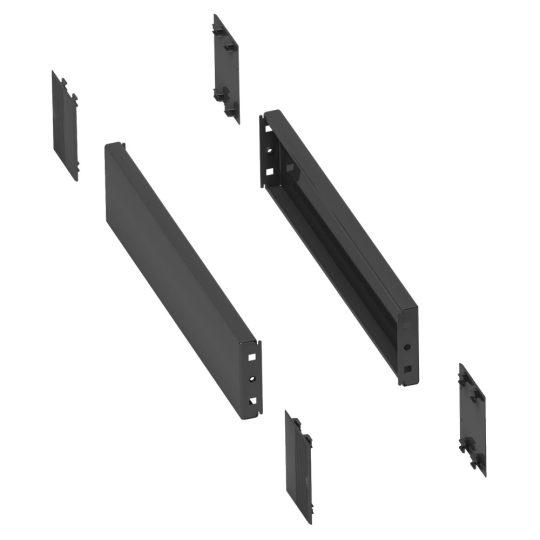 Schneider Electric Spacial NSYSPS4200 Fém lábazat oldalsó panelek, 200mm mágas, 400mm mély szekrényekhez (Schneider NSYSPS4200)