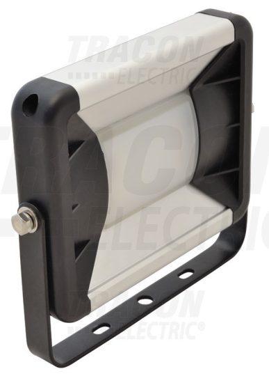 Tracon RSMDE24 LED-es, SMD fényvető, 24 W teljesítménnyel, fekete színben, 4000K színhőmérséklettel, IP65-ös védelemmel, 1580 lm fényerővel