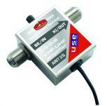 Antennacsatlakozó, hangszóró-csatlakozó, tápellátás-csatlakozó
